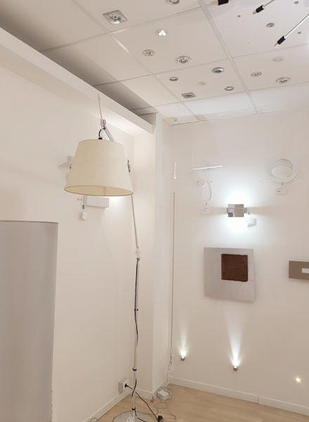 stanza per le prove luci di Luxart lampadari Torino