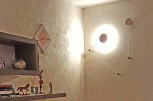 ambientazione lampada a parete a led Orione di Giarnieri